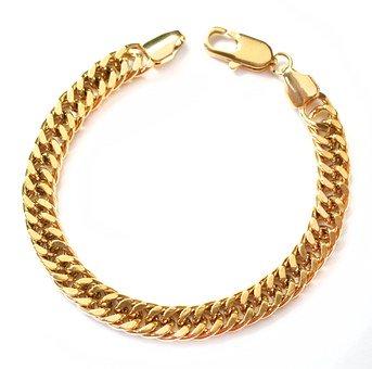 Les bijoux, d'excellents accessoires contribuant à la beauté de celui qui les porte